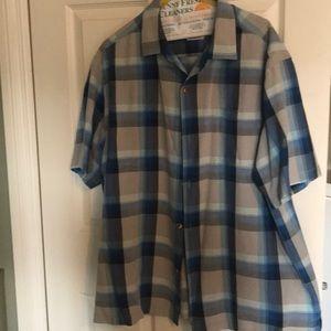 Tommy Bahama Short Sleeve Button Down Shirt